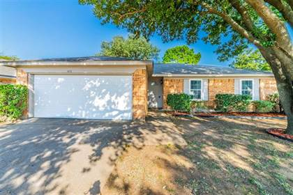 Residential for sale in 4115 Gentle Springs Drive, Arlington, TX, 76001