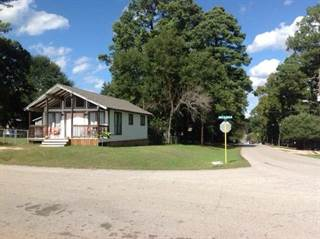 Single Family for sale in 13102 S Lee Shore Drive, Willis, TX, 77318