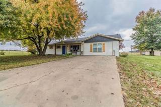 Single Family for sale in 14251  W Hwy 102, Gravette, AR, 72736