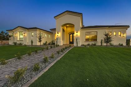 Residential Property for sale in 1281 E KINGBIRD Place, Chandler, AZ, 85286