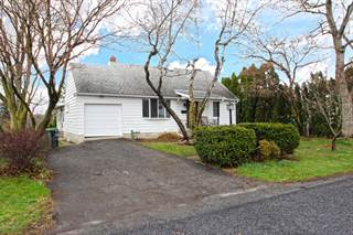 Single Family for sale in 303 Sussex Street, Upper Pohatcong, NJ, 08865