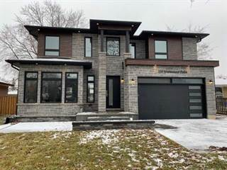 Photo of 556 Warminster Dr, Oakville, ON L6L 4N5