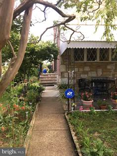 Residential Property for sale in 2201 SOLLY AVENUE, Philadelphia, PA, 19152