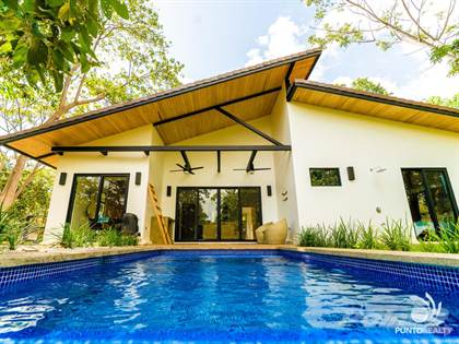 Residential Property for sale in Beautiful Tropical Contemporary home in Gated Community, Las Ventanas, Playa Grande, Guanacaste