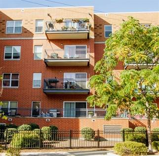 Residential Property for sale in 4311 North Sheridan Road 204, Chicago, IL, 60613