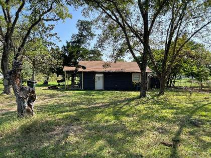 Residential Property for sale in 746 E. Seventh St, Yorktown, TX, 78164