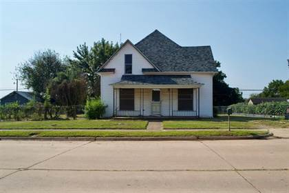 Residential Property for sale in 622 E Main Street, Stroud, OK, 74079