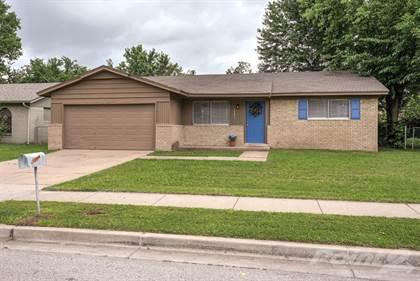 Single-Family Home for sale in 10631 E. 33rd Street , Tulsa, OK, 74146