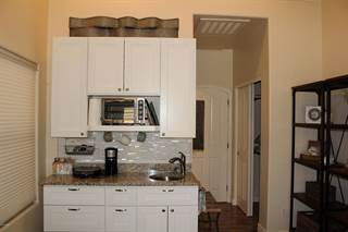 Townhouse for rent in 150 N LAKEVIEW Boulevard 6B, Chandler, AZ, 85225