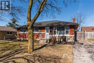 Single Family for sale in 26 WOODHAVEN Road, Kitchener, Ontario