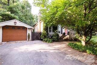 Residential Property for sale in 533 WESTVIEW Avenue, Ancaster, Ontario, L9G 1N8