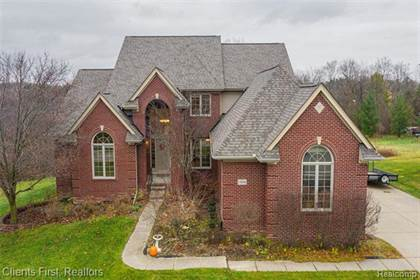 Residential Property for sale in 13886 BURNING TREE Lane, Plymouth, MI, 48170