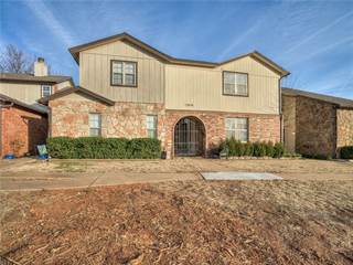 Townhouse for sale in 13834 E Crossing Way, Oklahoma City, OK, 73013
