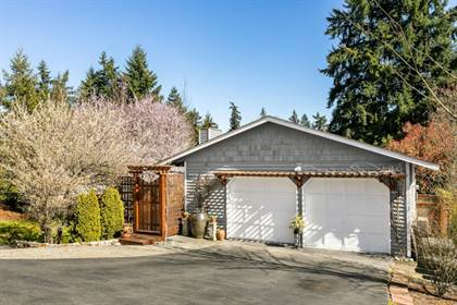 Residential for sale in 9912 117th Pl NE, Kirkland, WA, 98033