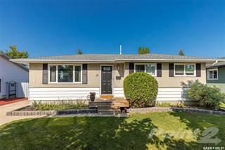 Residential Property for sale in 18 Dumont CRESCENT, Saskatoon, Saskatchewan, S7J 2X1