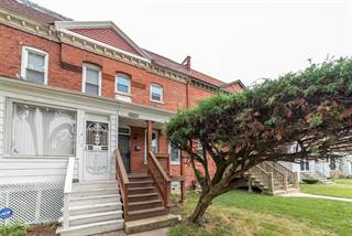 Townhouse for sale in 10431 South Corliss Avenue, Chicago, IL, 60628