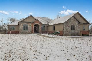 Single Family for sale in 11509 236th Ave, Heritage Estates, WI, 53179