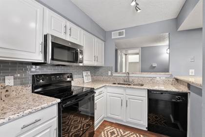 Apartment for rent in 9855 Shadow Way, Dallas, TX, 75243