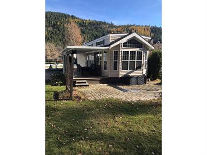 Single Family for sale in 321 COPPER AVENUE 55 & 57, Greenwood, British Columbia, V0H1J0