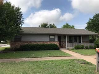 Single Family en venta en 319 E 9th St, Harper, KS, 67058