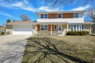 Single Family for sale in 5037 Spruce Ct, Greendale, WI, 53129