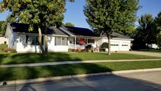 Single Family for sale in 413 13th Avenue, Sibley, IA, 51249