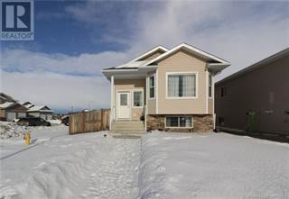 Single Family for sale in 8864 96 Avenue, Grande Prairie, Alberta, T8X0N2