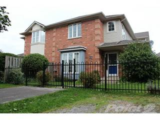 Townhouse for sale in 11 Morwick Drive, Hamilton, Ontario