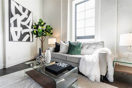 Condominium for sale in 19 Guelph Ave 402, Cambridge, Ontario, N3C 1A2