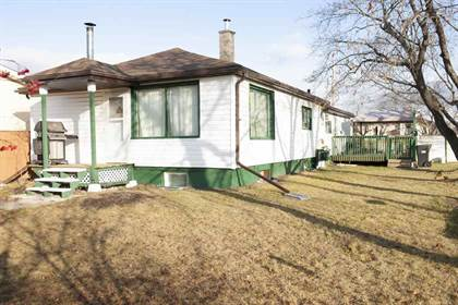 Single Family for sale in 9 ST 1412, Cold Lake, Alberta, T8M1J2