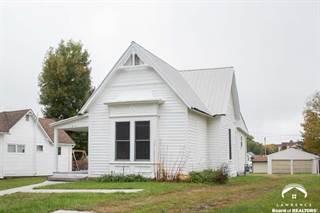 Single Family for sale in 145 W 14th St, Horton, KS, 66439