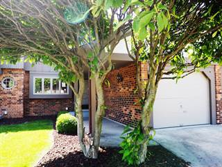 Townhouse for sale in 13950 Stonehenge Drive, Orland Park, IL, 60462