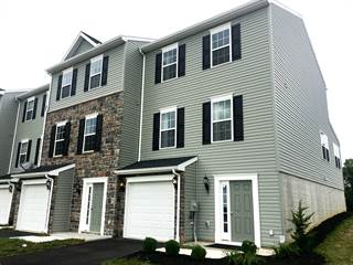 Townhouse for sale in 8 HOLSTEIN DRIVE 4, Codorus Park, PA, 17331