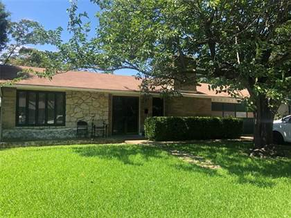 Residential for sale in 13848 Rolling Hills Lane, Dallas, TX, 75240