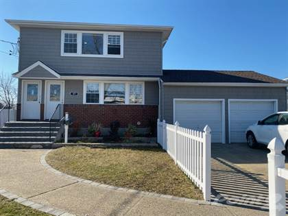 Multi-family Home for sale in 27 Division Ave, South Huntington, NY, 11746