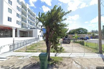 Residential Property for sale in 2720 SW 17th St, Miami, FL, 33145