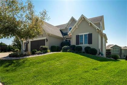 Residential for sale in 9509 W 162nd Street, Overland Park, KS, 66085