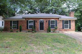 Single Family for sale in 8327 Colonial Hills Cove, Southaven, MS, 38671