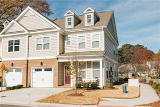 Townhouse for sale in 5520 Crown Grant Way, Virginia Beach, VA, 23455