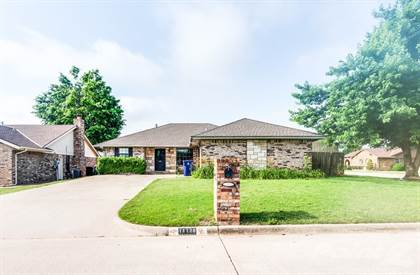 Single-Family Home for sale in 11128 NW 112th St. , Oklahoma City, OK, 73099