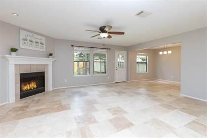 Residential for sale in 819 N Oak Drive, Houston, TX, 77073
