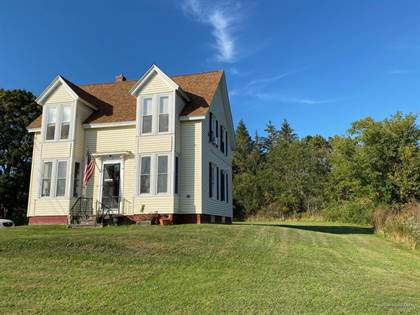 Multifamily for sale in 329 Pleasant Street, Rockland, ME, 04841