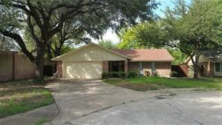 Single Family for sale in 802 La Cresta Court, Grand Prairie, TX, 75052