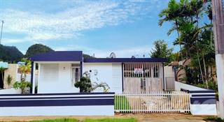 Residential for sale in FLORIDA - Jardines de Florida 3rd St. B-6, Florida, PR, 00650