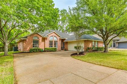 Residential Property for sale in 6984 Allen Place Drive, Fort Worth, TX, 76116