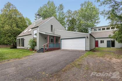 Single-Family Home for sale in 923 W Redbud St , Duluth, MN, 55811
