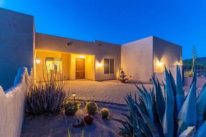 Residential Property for sale in 1012 E DESERT HILLS Drive, Phoenix, AZ, 85086