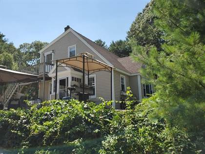 Residential for sale in 107 Post Road, Westerly, RI, 02891