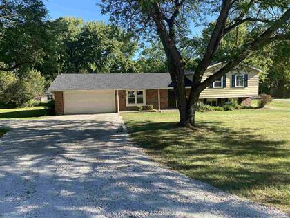 Residential for sale in 9424 Crown Point Drive, Fort Wayne, IN, 46804
