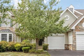 Townhouse for sale in 8 Patriot Hill Dr, Greater Liberty Corner, NJ, 07920